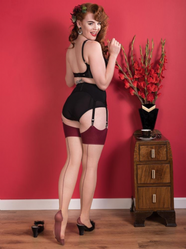 Glamour Seamed Stockings - Claret